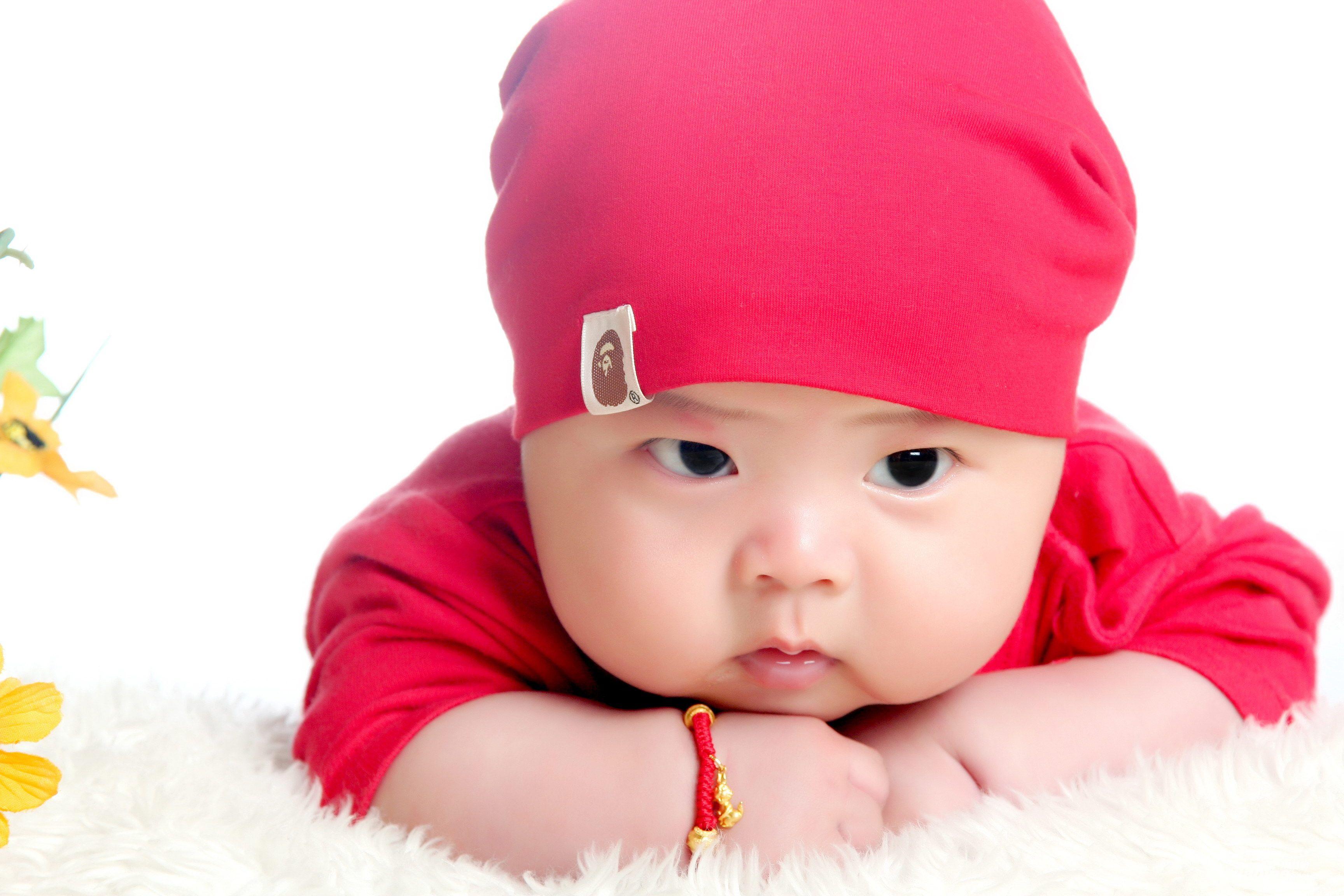 记宝宝100天照看见美女篇
